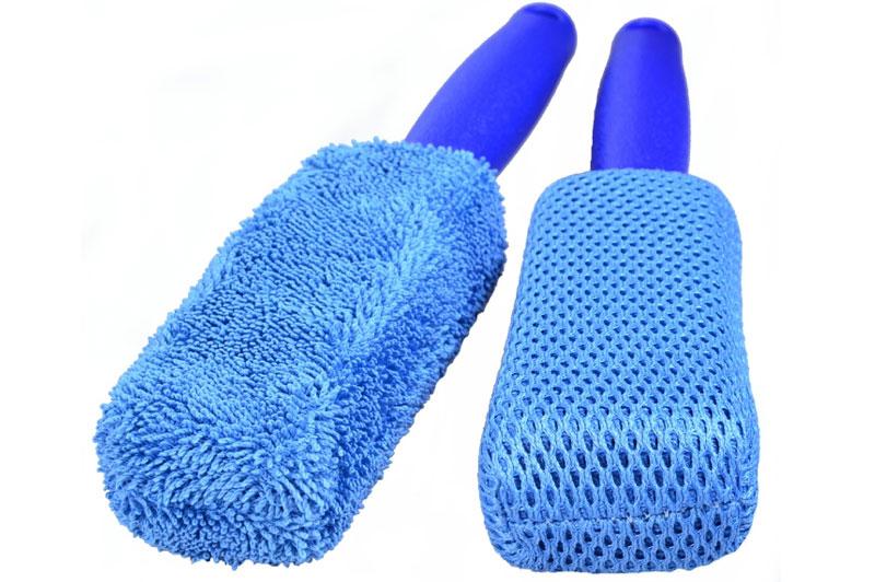 Professional-2-in-1-Flexi-Microfibre-Wheel-Brush-in-action